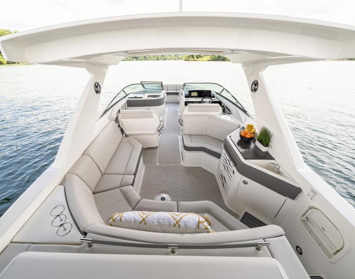 Sea Ray 310 SLX HB