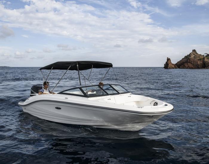 Sea Ray 210 SPX HB